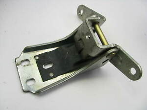 NEW - OEM Ford E8AZ-5422810-A Front Right Lower Door Hinge 1980-91 LTD Crown Vic