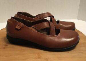 Array Inga Brown Slip On Maryjane Shoe Leather Cross Top Size 5 M