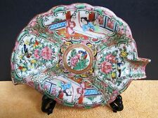 Antique Chinese Export porcelain leaf plate
