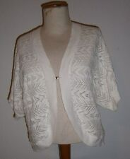 L@@K Sag Harbor Sz MP White Crocheted Look Open-Front w Hook Close Shug Nice