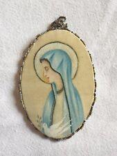 Ancien Reliquaire en Soie AGNUS DEI Peinture Vierge Colombe Ornements Perles