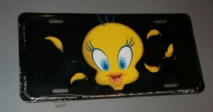 TWEETY BIRD FULL SIZE LICENSE PLATE FULL FACE FEATHERS FLYING STILL SEALED