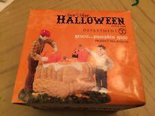 SVH Gross Pumpkin Guts Snow Village Halloween Dept 56 Accessory 4020236 D56 Mint