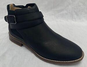 BNIB Clarks Ladies Camzin Hale Black Leather Ankle Boots