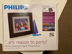 "Philips Digital 7"" Photo Frame 128 MB SPF3407D/G7"