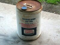 A Vintage Imperial 1960/70's AMPOL White 5 Gallon Gearlube AP90 Oil Tin Drum