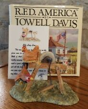 "Lowell Davis ""She Lay Low"" Figurine Chickens Hen Rooster Grinding Wheel"