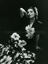 LORETTA  YOUNG  1945 VINTAGE PHOTO