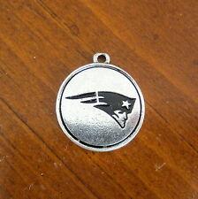 NFL NEW ENGLAND PATRIOTS SILVER PEWTER LOGO CHARM football bead bracelet jewelry