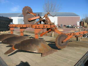 Allis Chalmers 3 Bottom Plow Quick Hitch