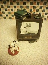 WDCC DISNEY 101 DALMATIANS COME ON LUCKY DOG AND TV SET HEAVY