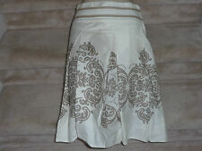 Honigman Women Below Knee Length Skirt Size 34 Cream Cotton Print from Israel SM