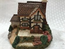 """Vtg Olde England's Classic Cottages - 1994 """"Tudor Hall"""" - Collectible Figurine"""
