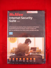 McAfee internet security suite 2007  - 8 in 1 protection