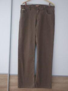 Jeans Strech  AJ Armani in der Gr.35      nur 1 mal getragen !!!