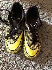 Nike Boys Bravata Soccer/Football Neon Green/Yellow Cleats Size 10c