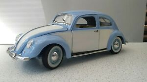 VOLKSWAGEN BEETLE (1951) Vintage Model Maisto 1.18 Scale Rare Colour Unboxed