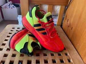 Mens Adidas original ZX 2K Boost BNIB Size 11.5 running shoes