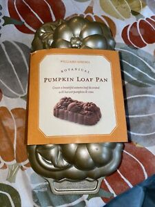 Williams-Sonoma New Pumpkin Loaf Pan 2004 by NordicWare