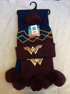 DC Comics Wonder Woman Scarf Hat Beanie Pom Poms NWT