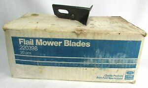 Box of 18 220398 Flail Mower Blades Quality Products from Ford New Holland