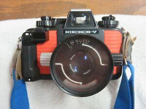 Nikonos-V Underwater 35 mm Camera, and Extra Lens