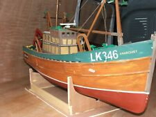 TRADITION FISHING BOAT-1/20TH SCALE-