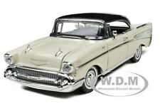 1957 CHEVROLET BEL AIR CREAM 1:18 DIECAST MODEL CAR BY MOTORMAX 73180