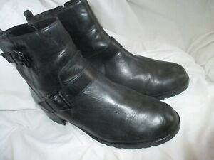 MICHAEL KORS JETSET BLACK LEATHER BUCKLED ANKLE BOOTS, SIZE 9.5M