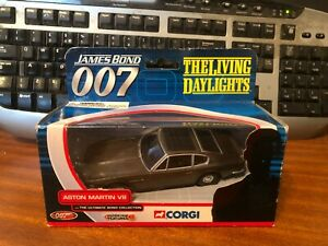 Corgi The Ultimate Bond Collection TY04802 Aston Martin V8 The Living Daylights