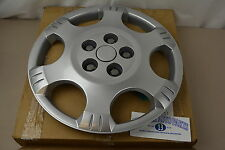 2002-2007 Saturn Vue Silver Spark HUB CAP Wheel Cover new OEM 22624423