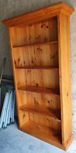 Pine bookcase bookshelf pickup Eltham