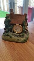 ⭐️ A Cottage House Ornament With Clock On The Front Figurine Collectible ⭐️