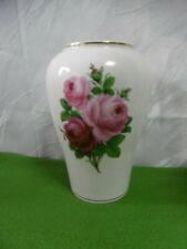 Meissen exklusive große Vase Rotes Rosenbukett beidseitig bemalt mit Goldrand