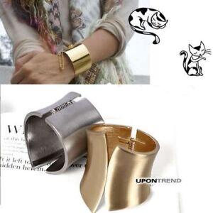 CelebStyle Curve Metal Cuff Bracelet Bangle