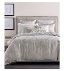 Hotel Collection Marble King Duvet Cover and 2Euro Shams. Gorgeous!