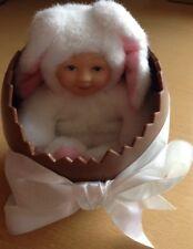 Anne Geddes Lapin à l'intérieur une demi-œuf de Pâques avec nœud Immaculate Condition 1997