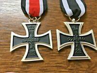 2 X German Iron Cross Medals 1 X 1813-1914 1 X 1813. - 1870 Second Class Prussia