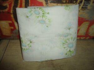 VINTAGE SPRINGMAID FRESH DAISIES BLUE GREEN TAN FLORAL FULL FLAT SHEET 81 X 104