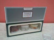 YANKEE CANDLE GIFT BOX SET OF 3 SMALL JAR CANDLES 3 DIFFERENT FRAGRANCES