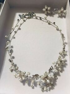 Silver necklace with matching earrings - only worn once