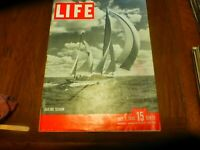 LIFE MAGAZINE - JULY 1 1946 - SAILING SEASON - A-BOMB on BIKINI VERY GOOD CONDIT