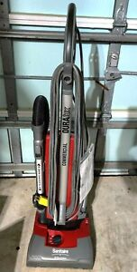 ELECTROLUX SANITAIRE DURALUX 9180 COMMERCIAL UPRIGHT VACUUM CLEANER REFURBISHED
