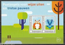 2751 vel - blok Postzegels voor wijze uilen en trotse pauwen