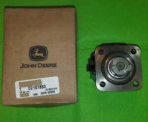 GENUINE JOHN DEERE  Fuel Pump DZ107853
