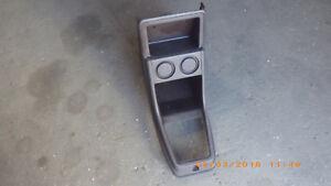 Mittelkonsole braun, VW Golf I und Scirocco I Teile Nr. 171863243