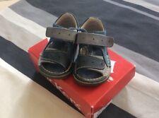 Sandales Kickers 19