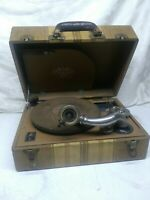 PAL Trademark Plaza Manufacturing Co. New York  Vintage Record Player