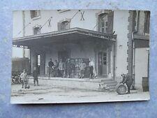 Ancienne carte postale photo quai d'usine gare personnages ...