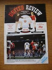 06/02/1982 Manchester United v Aston Villa  (Creased)